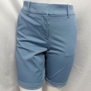 BLUE CASUAL WALKING ROLLED BERMUDA SHORTS SZ: 12P